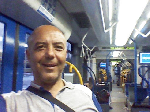 İrfan Irfan, 51, Istanbul, Turkey