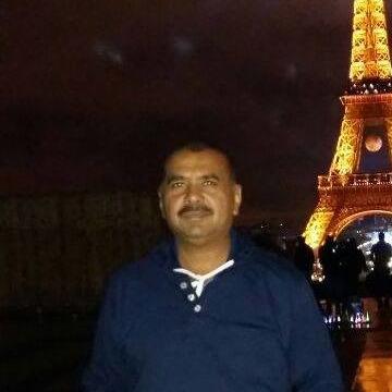 Mujtaba Hussain Shaikh, 44, Karachi, Pakistan