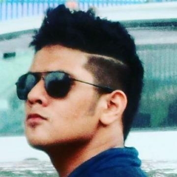 Nils, 25, Dhaka, Bangladesh