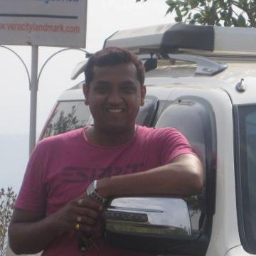 Umzy, 42, Pune, India