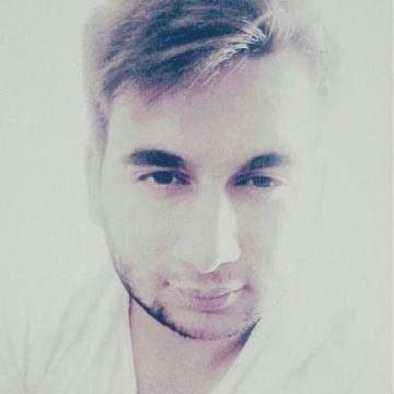 Umut Sarıkuş, 23, Istanbul, Turkey