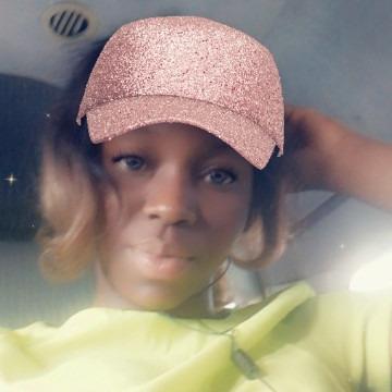 Idara, 23, Benin City, Nigeria