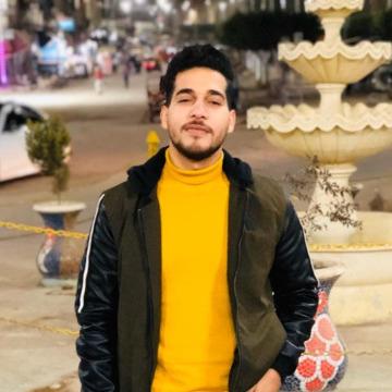 Mahmoud, 29, Alexandria, Canada