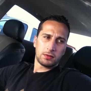 Muhannad A.J, 40, Dubai, United Arab Emirates
