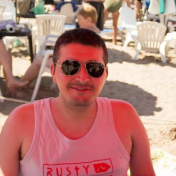 Ariel Guido, 37, Buenos Aires, Argentina