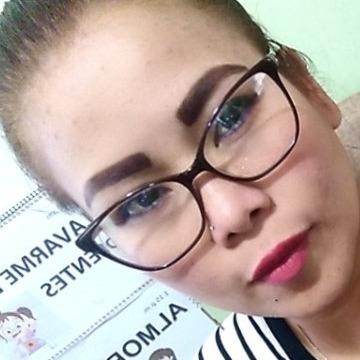 Claudia, 37,