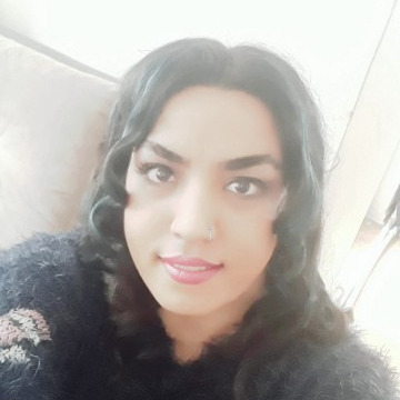 Fatima, 30, Istanbul, Turkey