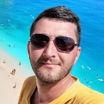 Recep, 34, Istanbul, Turkey