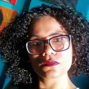 Angie, 28, Huanchaco, Peru