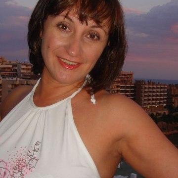 Denira, 49, Dubai, United Arab Emirates