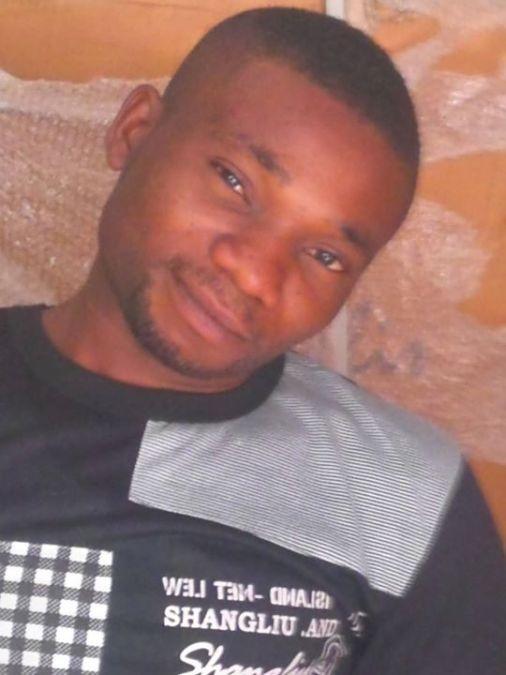 Simtwo Simtwo, 32, Enugu, Nigeria