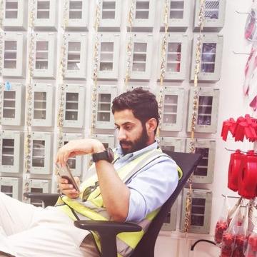 Mohd, 29, Muscat, Oman