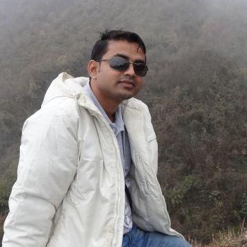 AKASH LEYE, 32, Bangalore, India