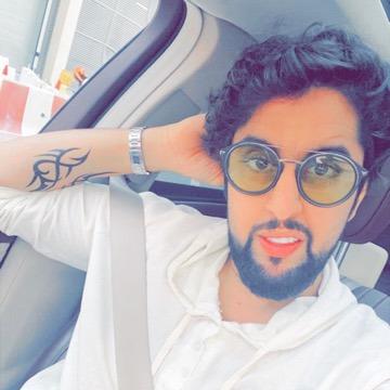 Khalid, 35, Dubai, United Arab Emirates