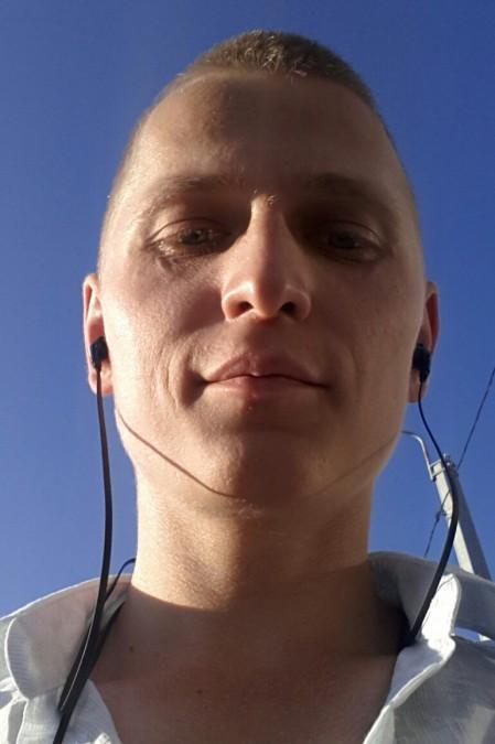 Юрий, 36, Astrakhan, Russian Federation