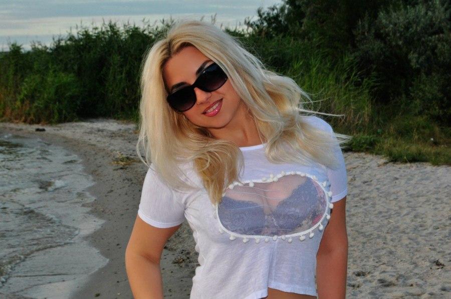Veronika, 34, Mykolaiv, Ukraine