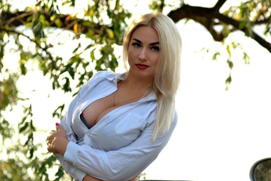 Veronika, 32, Mykolaiv, Ukraine