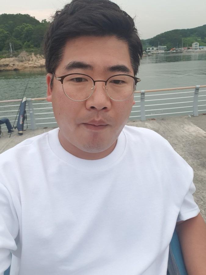Jin Young Kim, 35, Da Nang, Vietnam