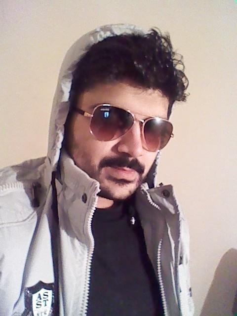 sunny, 29, Islamabad, Pakistan