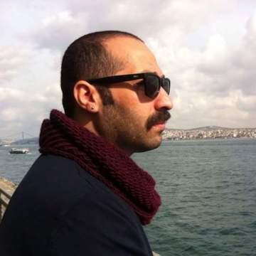 Ernesto Allende, 38, Istanbul, Turkey
