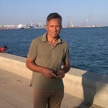 Ahmet Sarı, 48, Mersin, Turkey