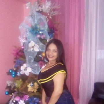 Eubelis, 20, Puerto La Cruz, Venezuela