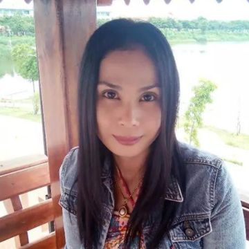 Sirinthon Thimpong, 42, Bangkok, Thailand