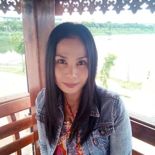 Sirinthon Thimpong, 41, Bangkok, Thailand
