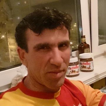 Efe Kaptan, 33, Istanbul, Turkey