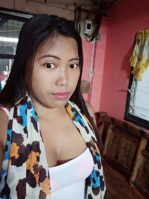 Vaness Riva, 35, Olongapo City, Philippines