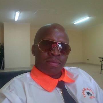 otsile, 39, Gaborone, Botswana