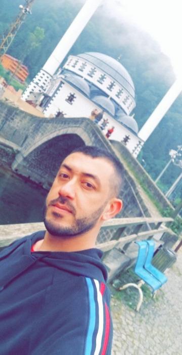 Jay Jay Jay, 41, Kuwait City, Kuwait