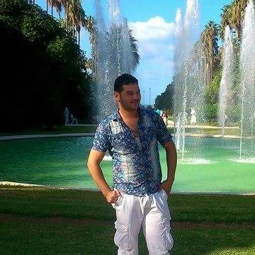 Younes Bouaita, 33, El Milia, Algeria