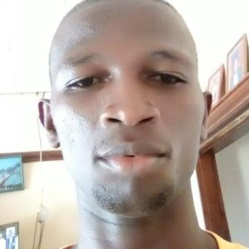 MANZI, 23, Kampala, Uganda