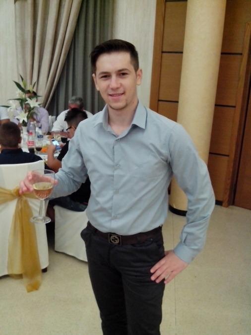 Andy, 27, Durres, Albania