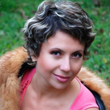 Лана, 48, Mariupol', Ukraine