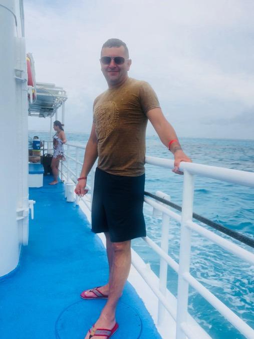 Víctor galeano, 46, Bogota, Colombia