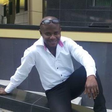 Kingsley, 40, Swedesboro, United States