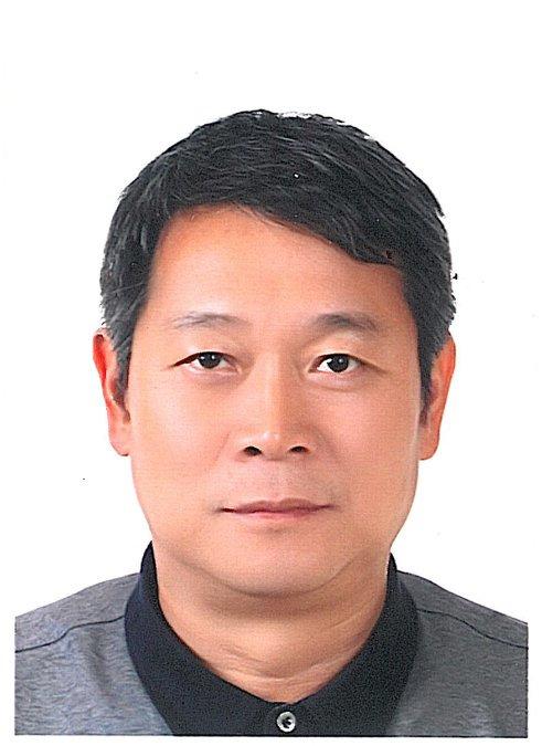 Lee Woung, 54, Seoul, South Korea