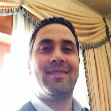 Ashraf , 41, Dubai, United Arab Emirates