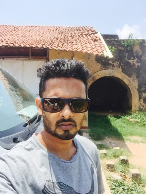 Priyan suraweera, 36, Ragama, Sri Lanka