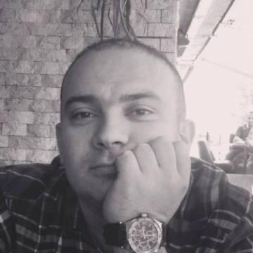 Eyüp Kahraman, 40, Istanbul, Turkey