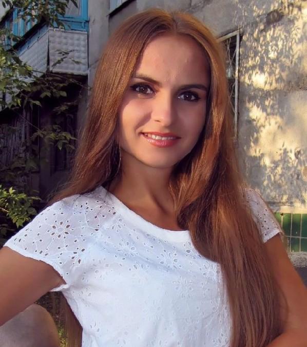 Yulia, 31, Donetsk, Ukraine