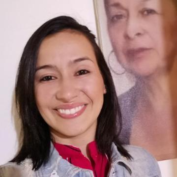 yulieth echeverri, 31, Medellin, Colombia