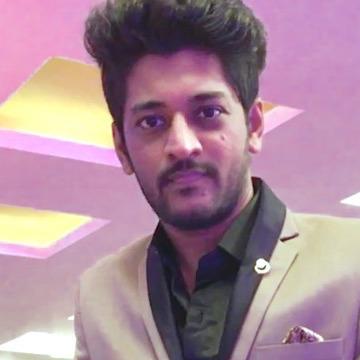 Achint Bhagat, 29, Vadodara, India