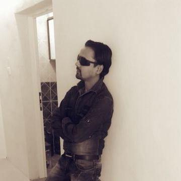 zeeshan sayed, 27, Doha, Qatar