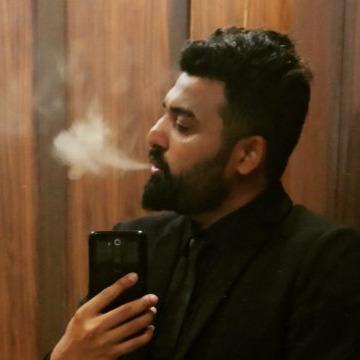 Aashish Thanki, 27, Anand, India