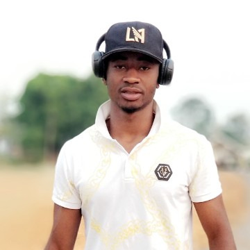 David Døppe, 27, Yaounde, Cameroon