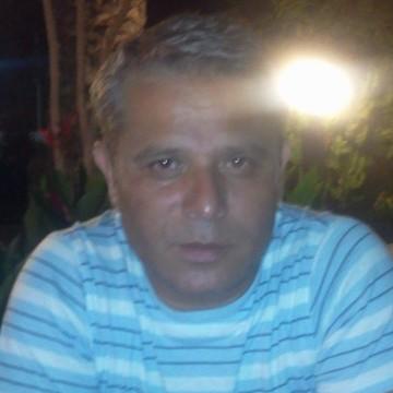 Süleyman Era, 52, Istanbul, Turkey