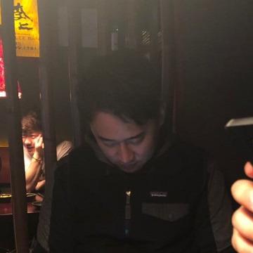 정순철, 33, Pusan, South Korea